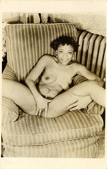 Nudist women pics 30 s