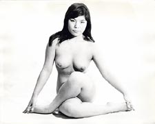 pres1 - Nude Japanese Woman Legs Crossed