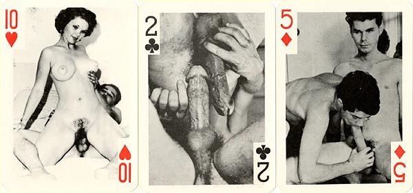 Nude guys play cards